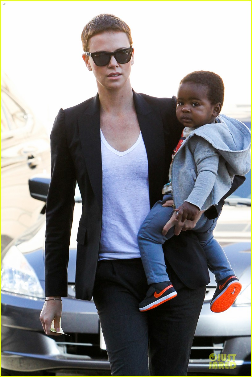 charlize theron inheret vice star 02