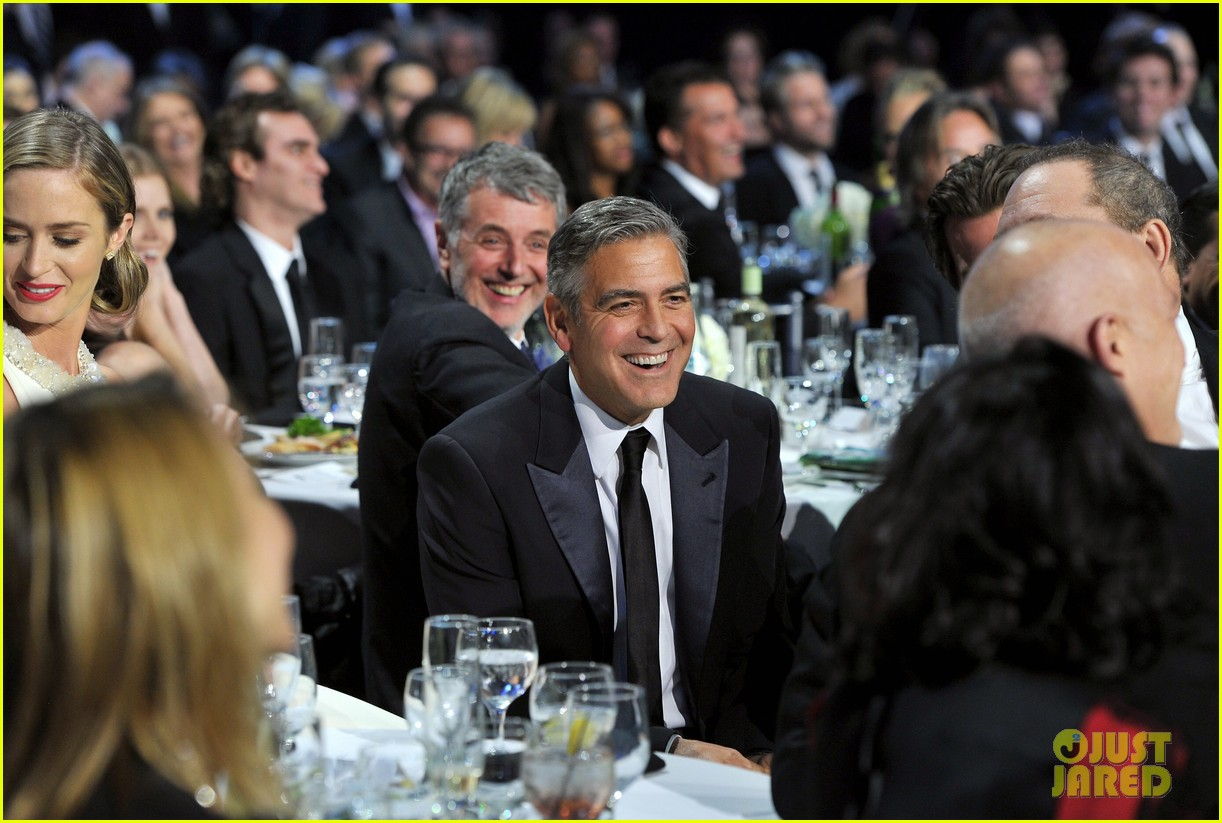 george clooney critics choice awards 2013 winner 202788807