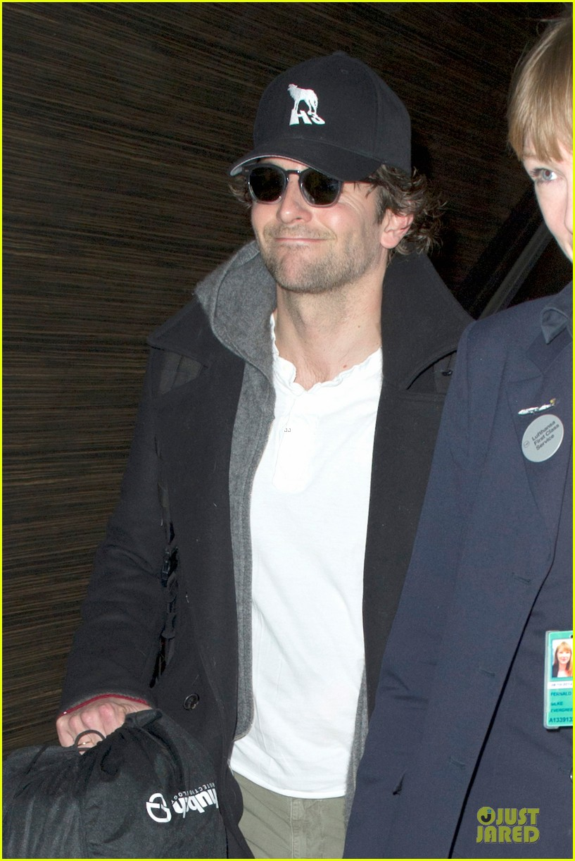 bradley cooper dark invasion star producer 122792382