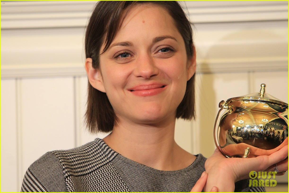 marion cotillard hasty pudding woman of the year 2013 13