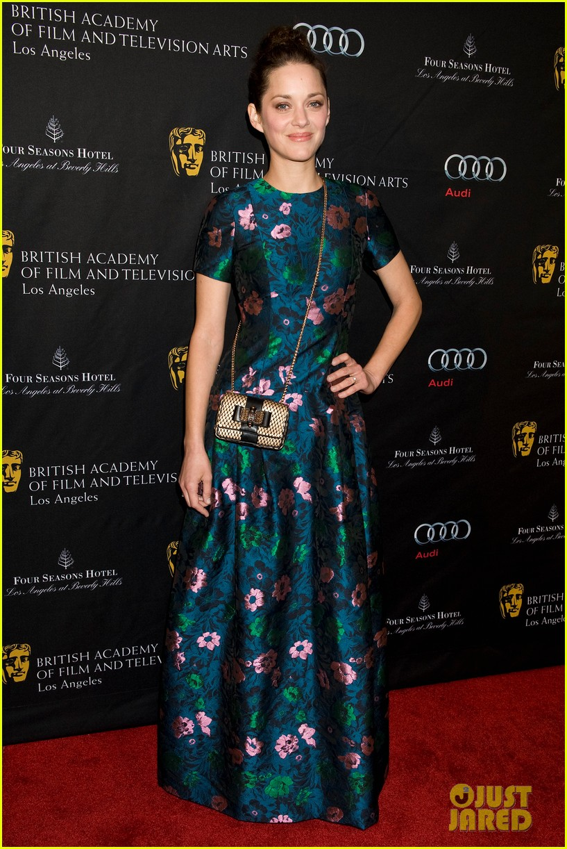 marion cotillard sienna miller bafta tea party 2013 05