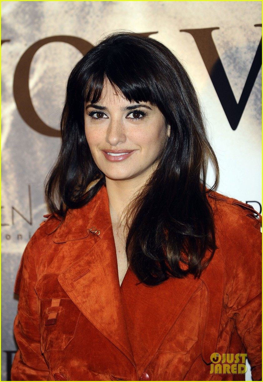 penelope cruz twice born madrid photo call 10
