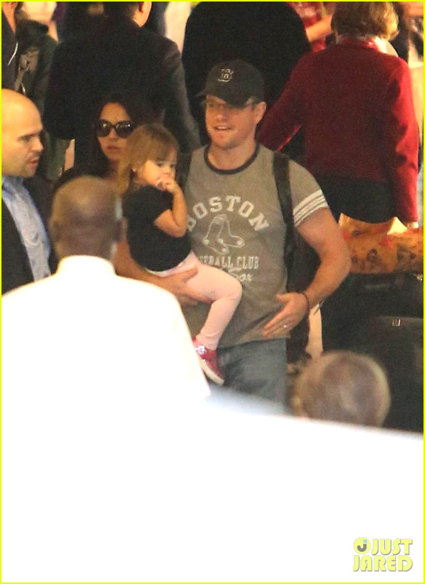 matt damon family lax arrival 122784659