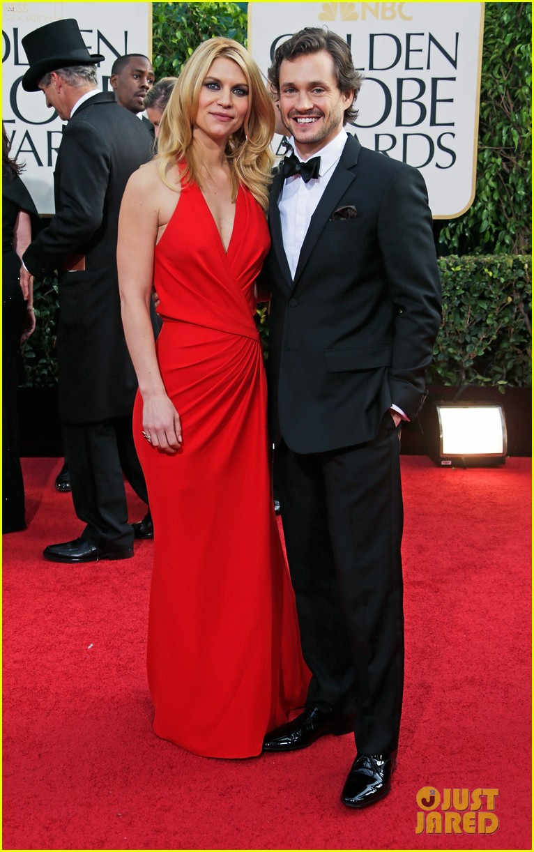 claire danes hugh dancy golden globes 2013 red carpet 04