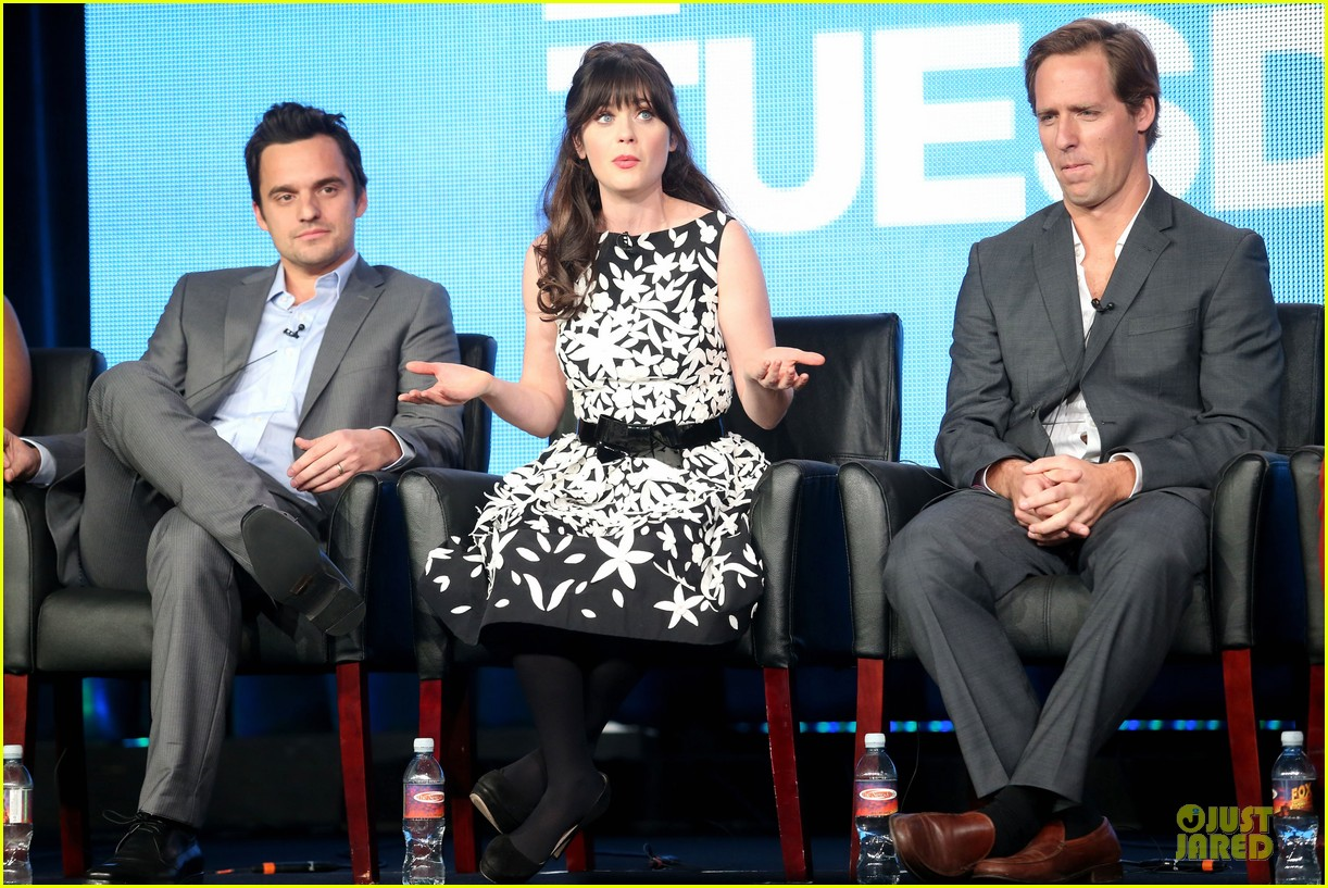 zooey deschane & mindy kaling new girl & mindy project panel 01