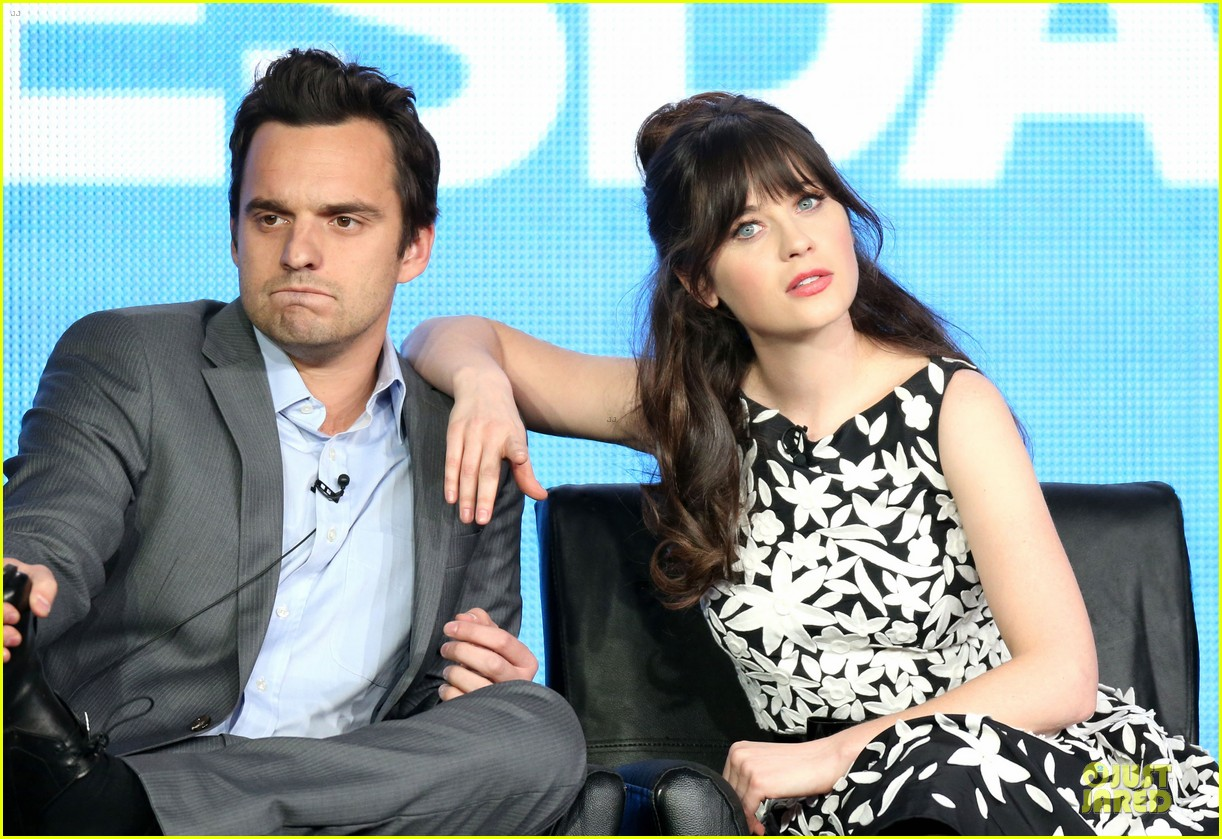 zooey deschane & mindy kaling new girl & mindy project panel 02
