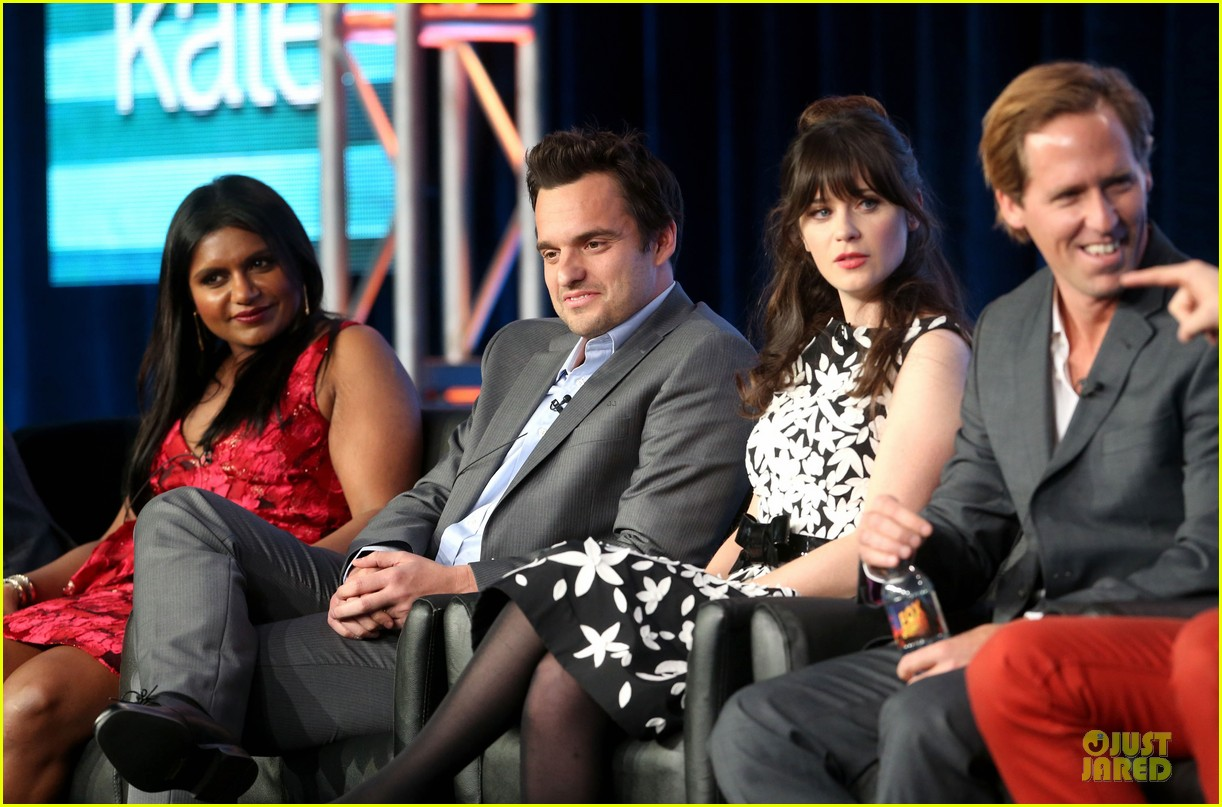 zooey deschane & mindy kaling new girl & mindy project panel 16