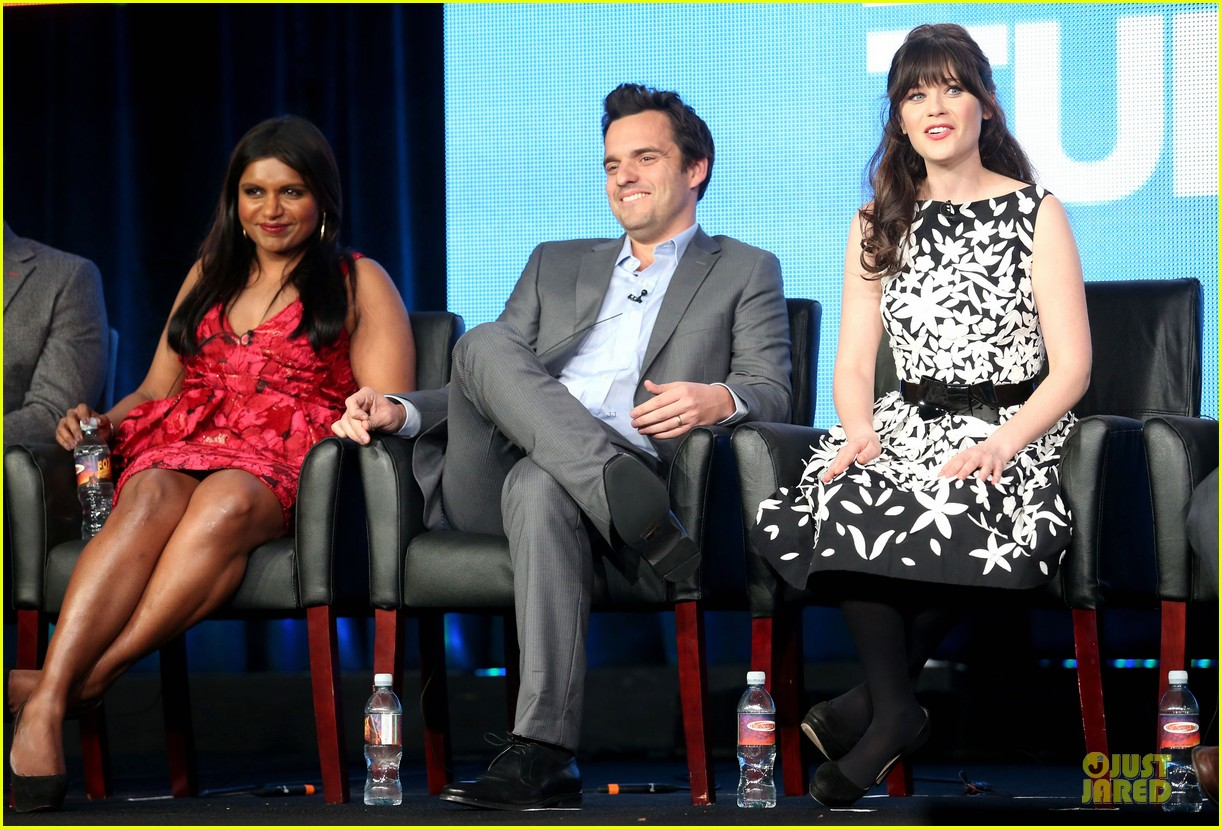 zooey deschane & mindy kaling new girl & mindy project panel 17