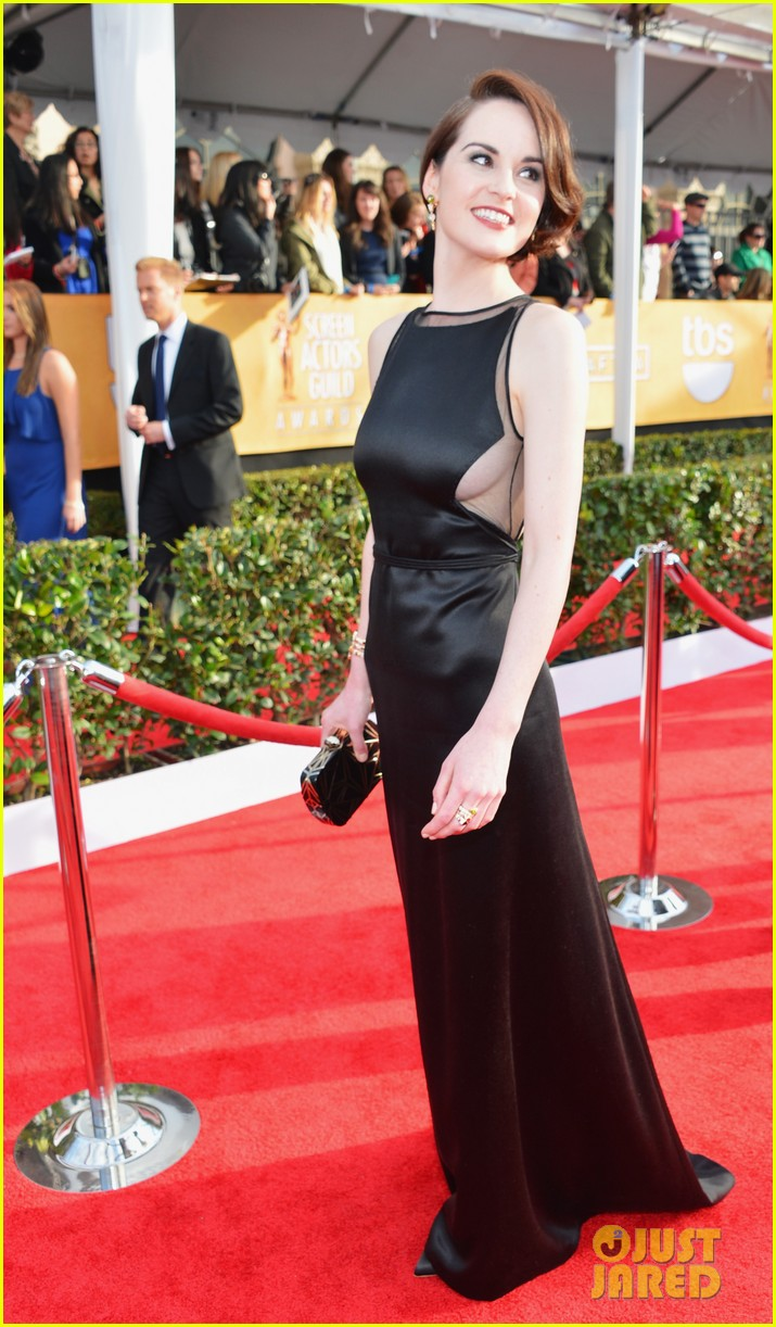 michelle dockery sag awards 2013 red carpet 06