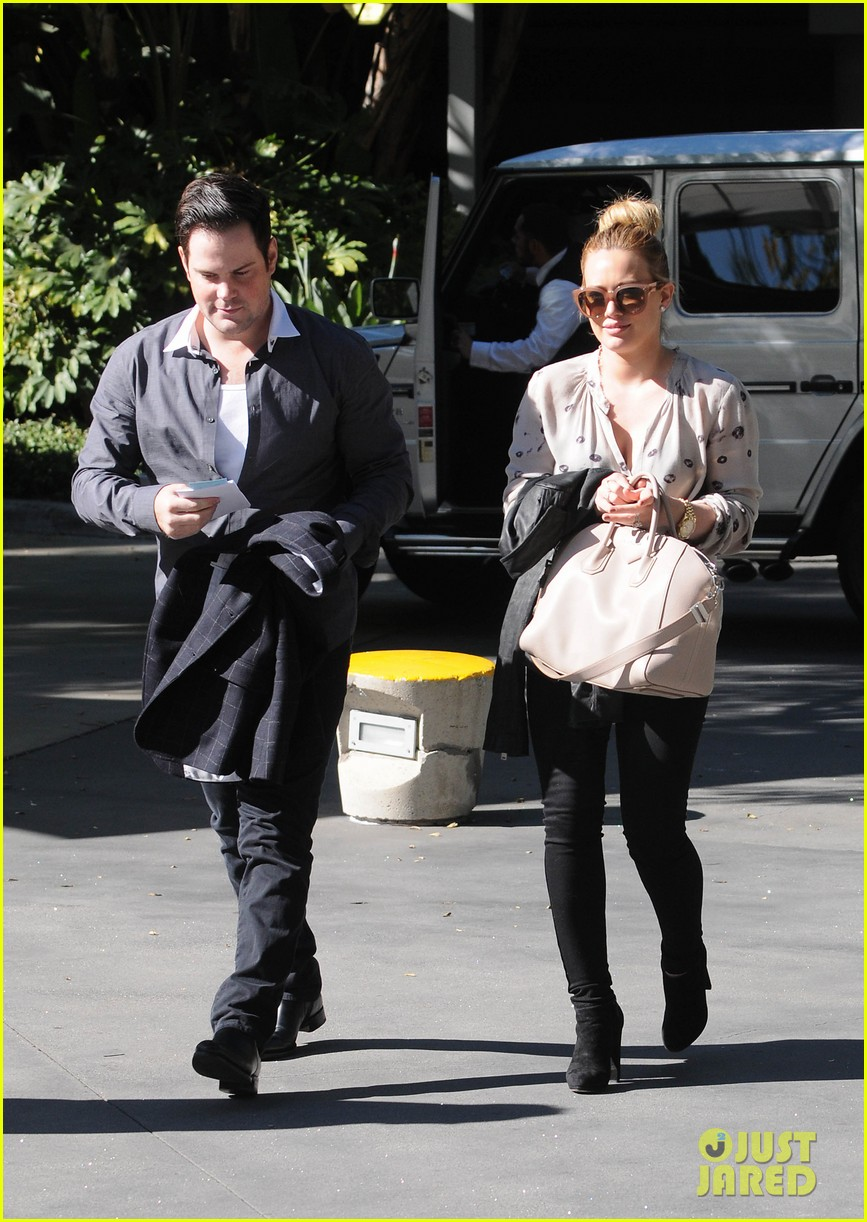 hilary duff mike comrie kings stanley cup celebration 15