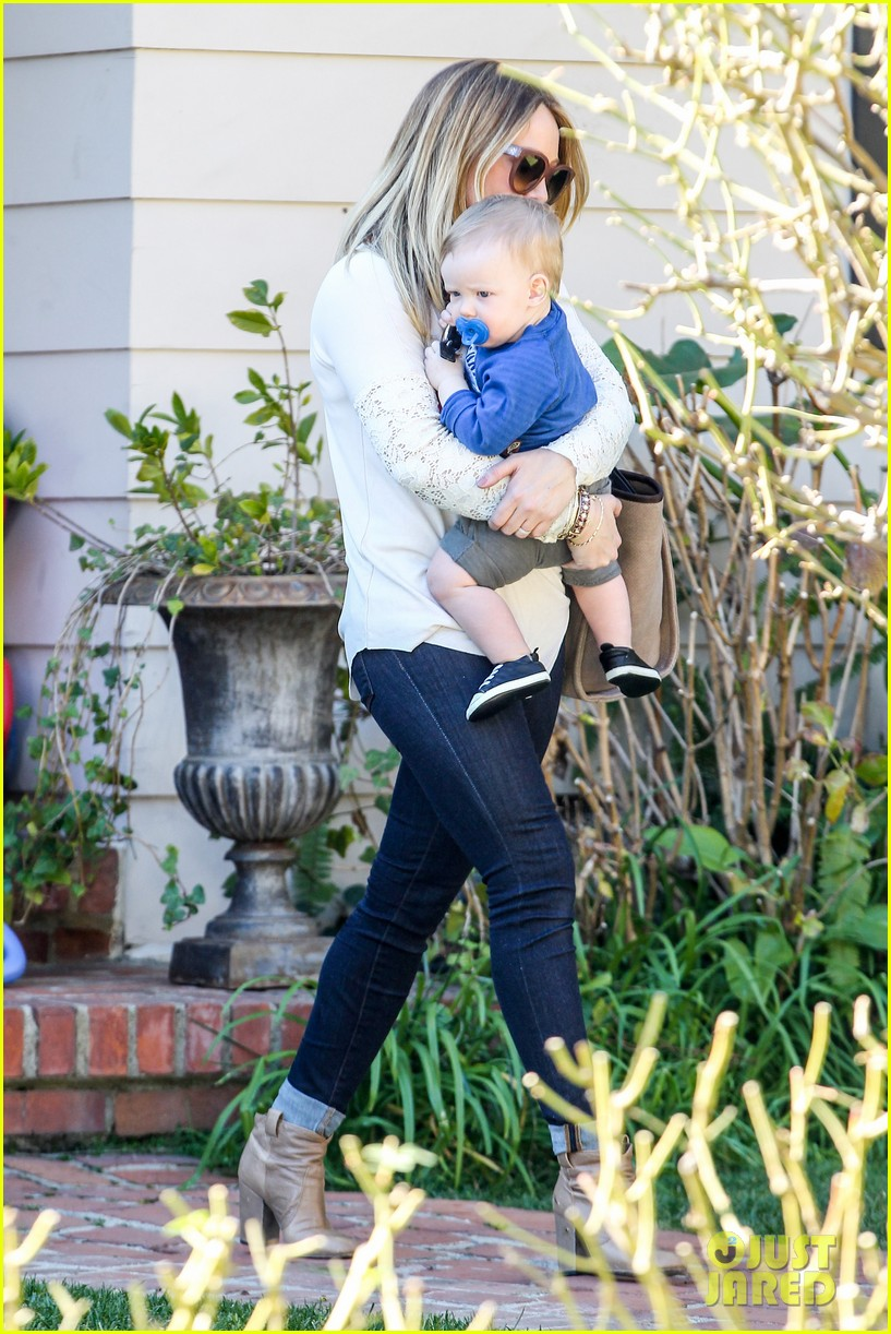 hilary duff mike comrie lakers lovers 102794051