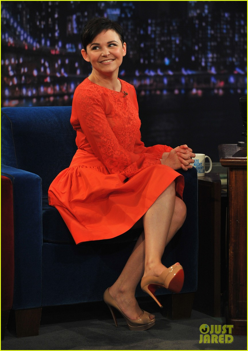 ginnifer goodwin late night with jimmy fallon appearance 052788220