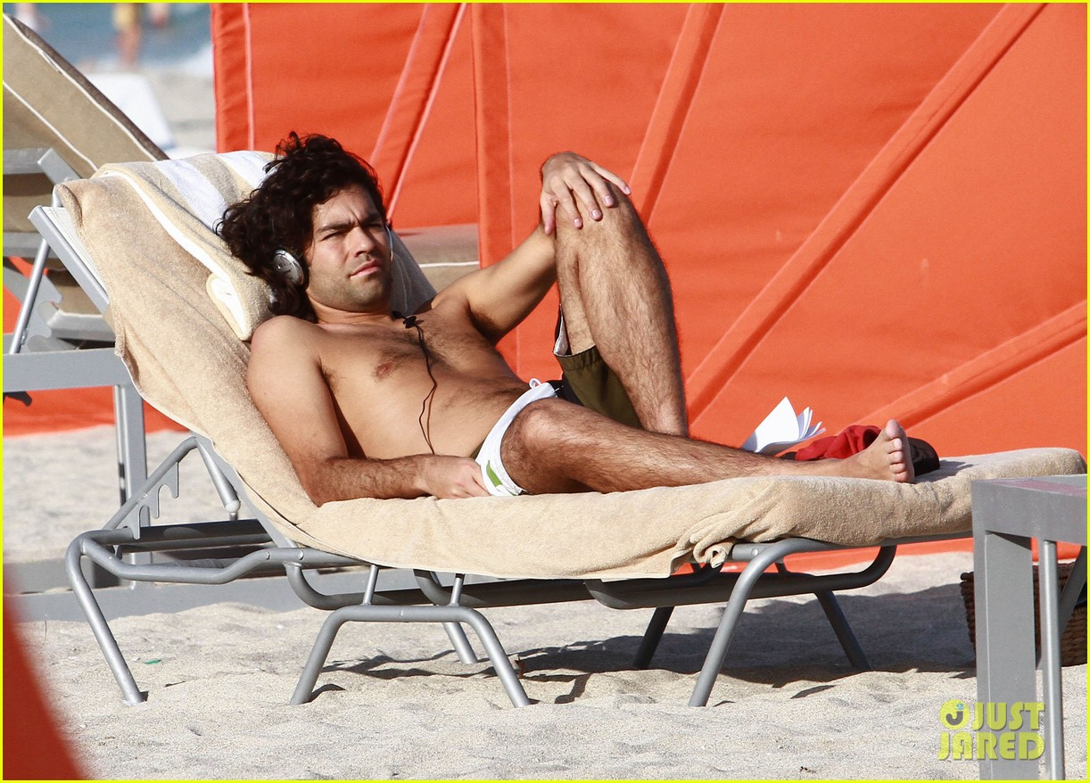 adrian grenier shirtless beach reading 062790603
