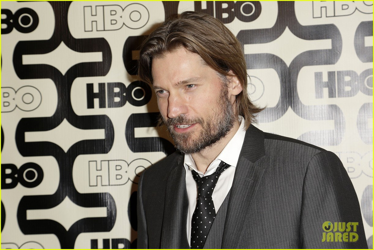 kit harington nikolaj coster waldau golden globes party 2013 082792158