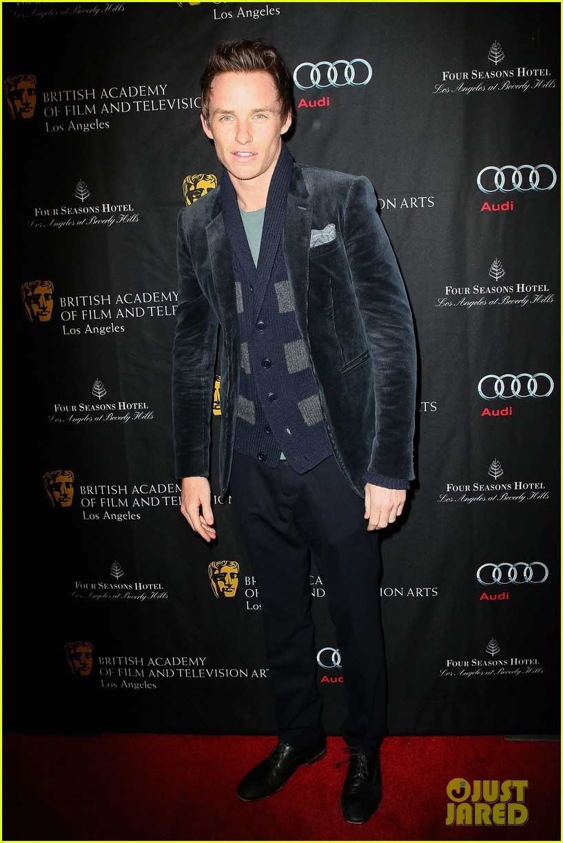anne hathaway eddie redmayne bafta tea party 2013 072790131