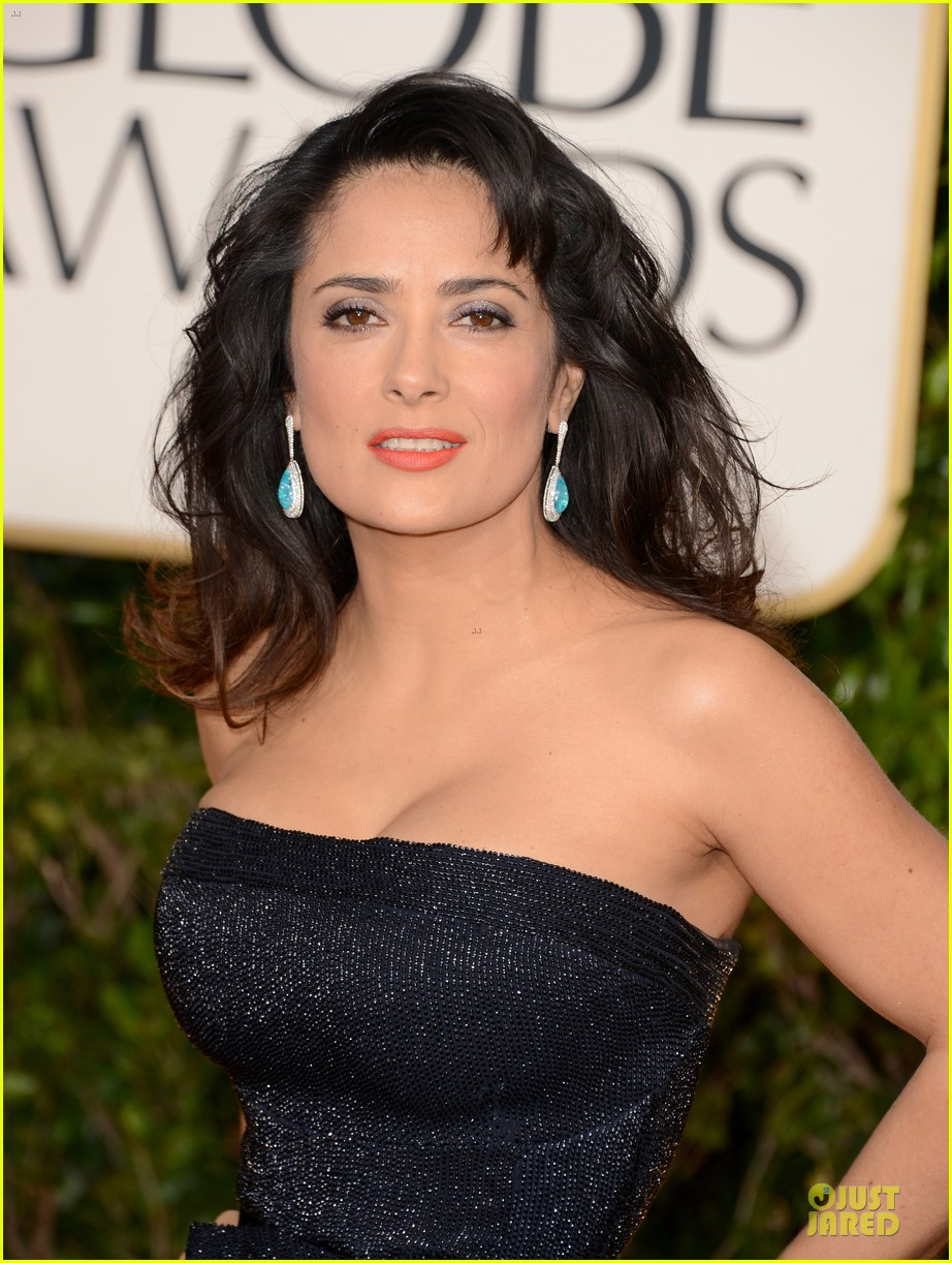 salma hayek golden globes 2013 red carpet 04