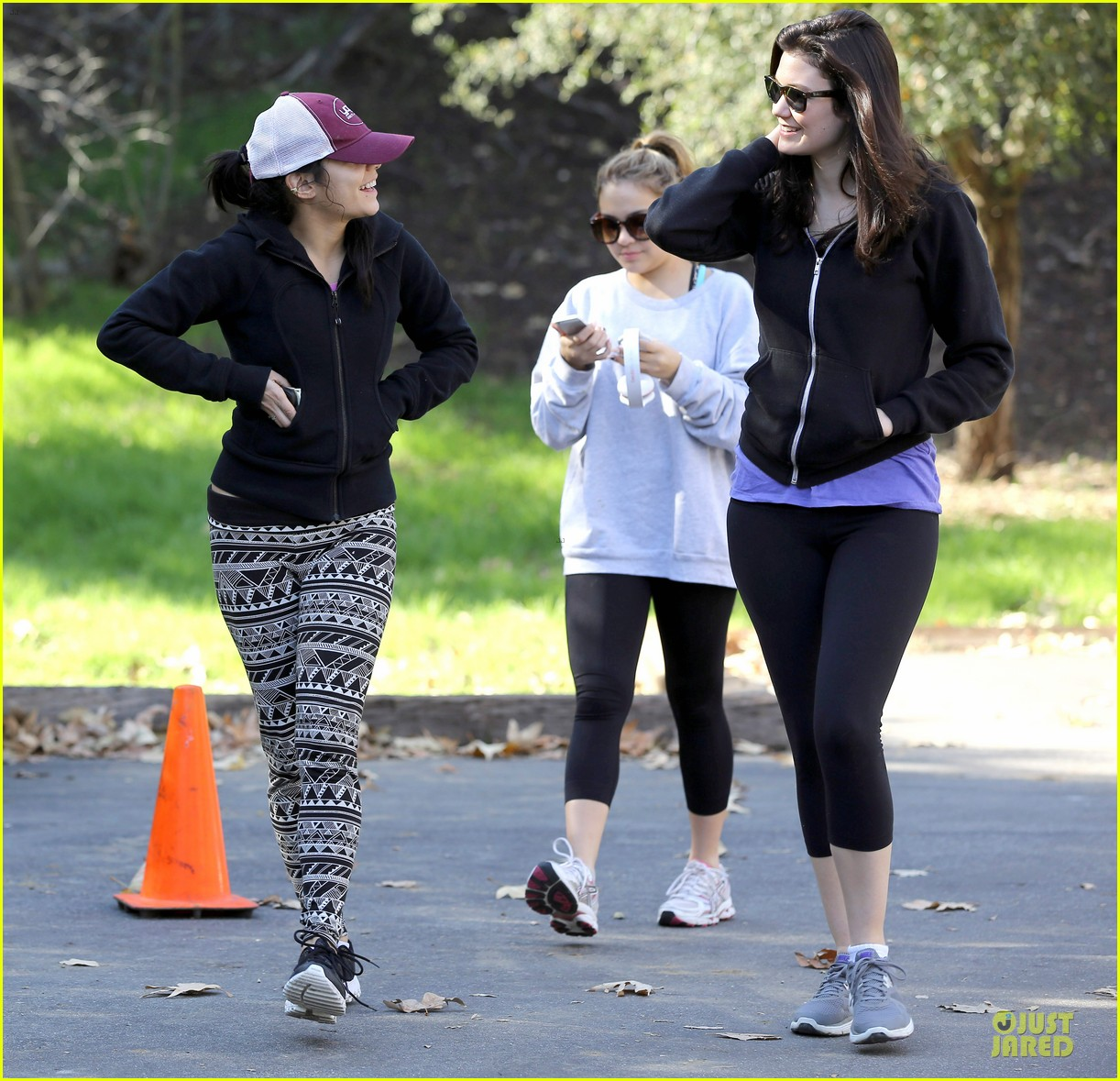 vanessa hudgens studio city hike with stella 13
