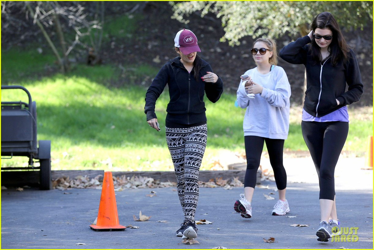 vanessa hudgens studio city hike with stella 22