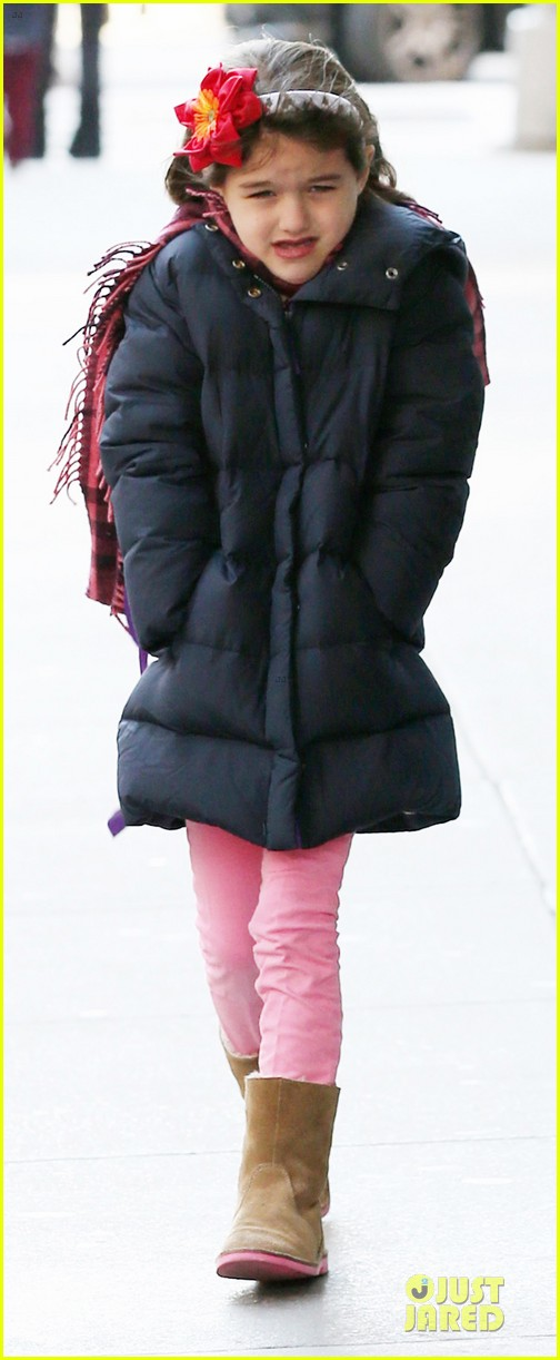 katie holmes & sui jacket matching duo 05