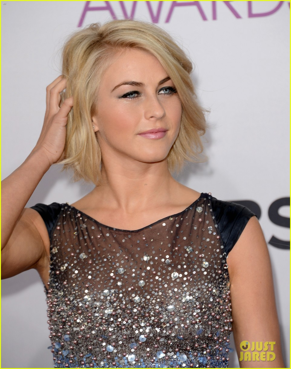 julianne hough peoples choice 2013 042787692