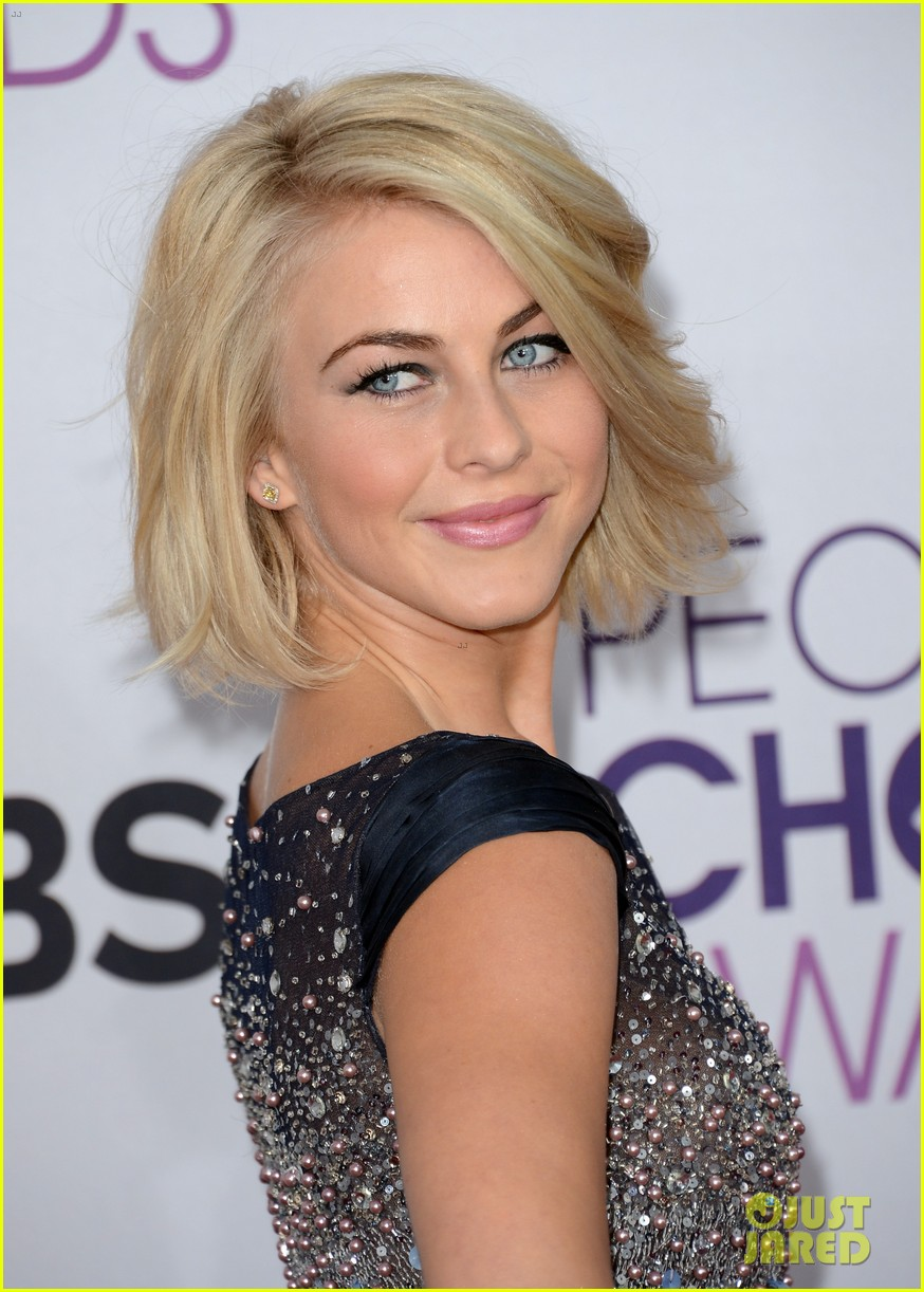 julianne hough peoples choice 2013 11
