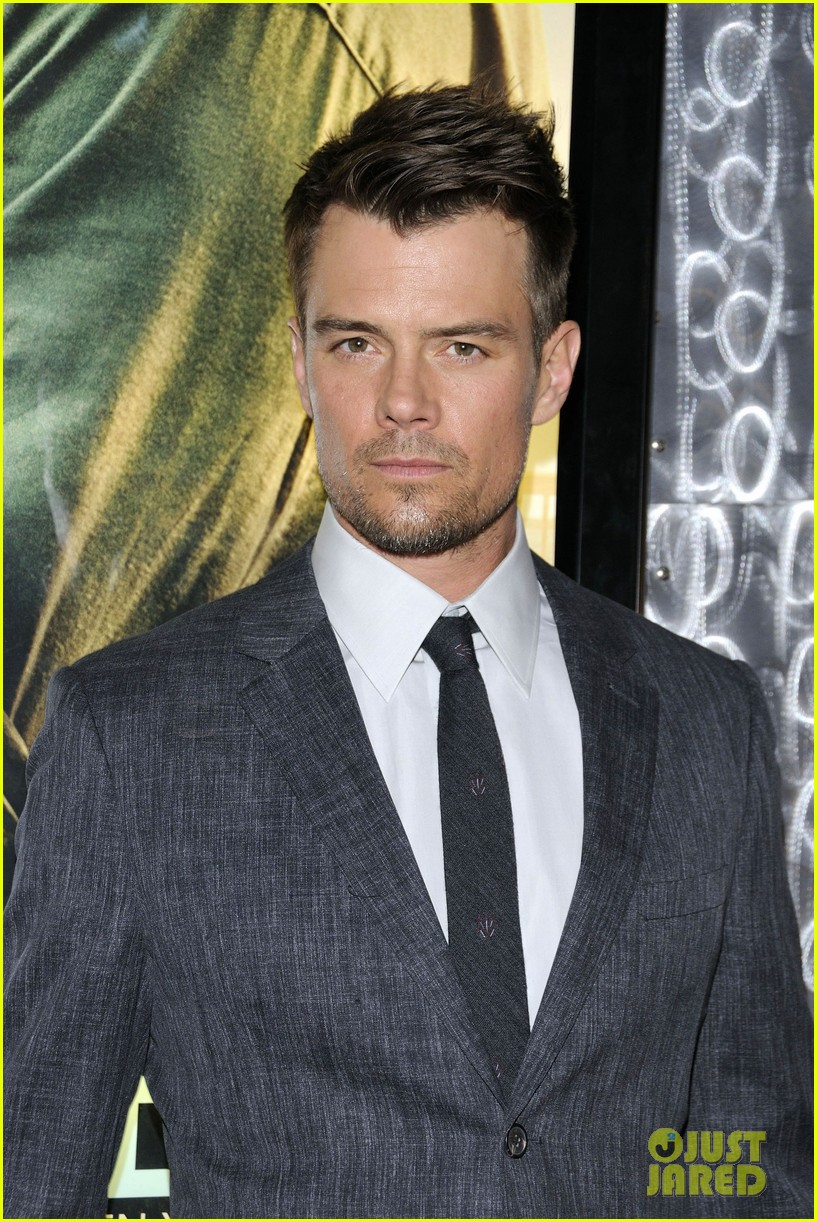 josh duhamel julianne hough safe haven toronto premiere 11
