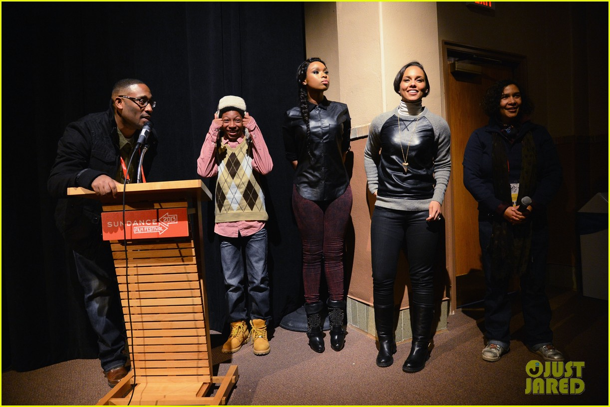 jennifer hudson alicia keys defeat of mister and pete screening 03