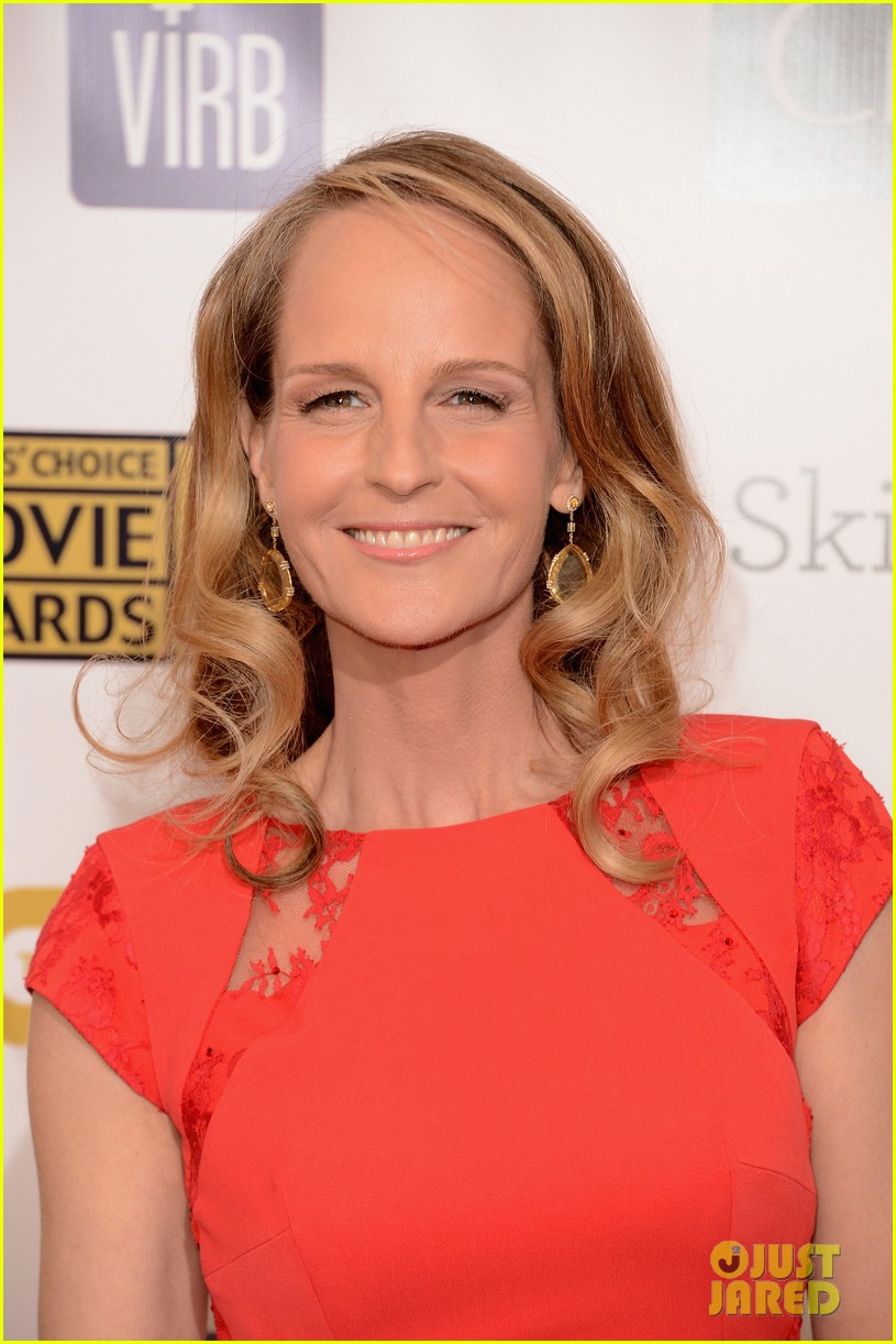 helen hunt sally field critics choice awards 2013 042788851