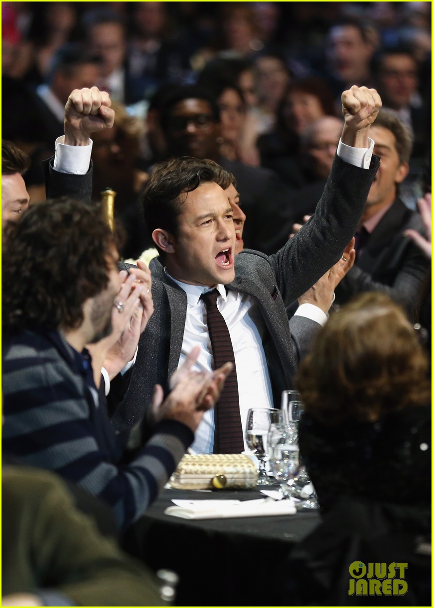 jgl bale critics choice awards 01