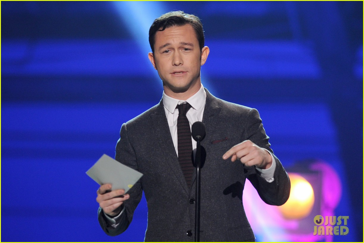 jgl bale critics choice awards 13