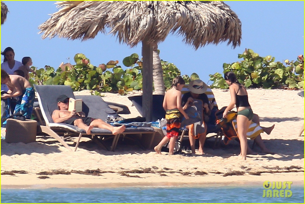 jon bon jovi shirtless sunbathing in st barts 06