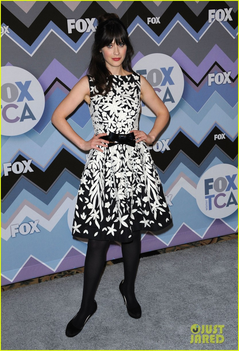 mindy kaling zooey deschanel fox tca all star party 03