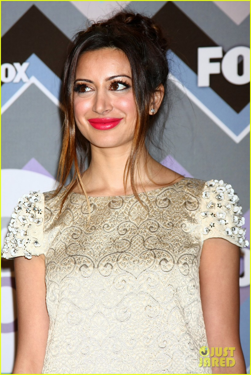 mindy kaling zooey deschanel fox tca all star party 23