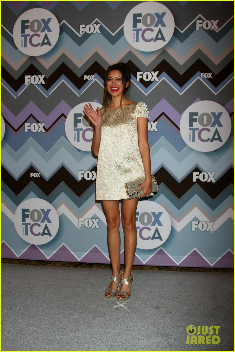 mindy kaling zooey deschanel fox tca all star party 26