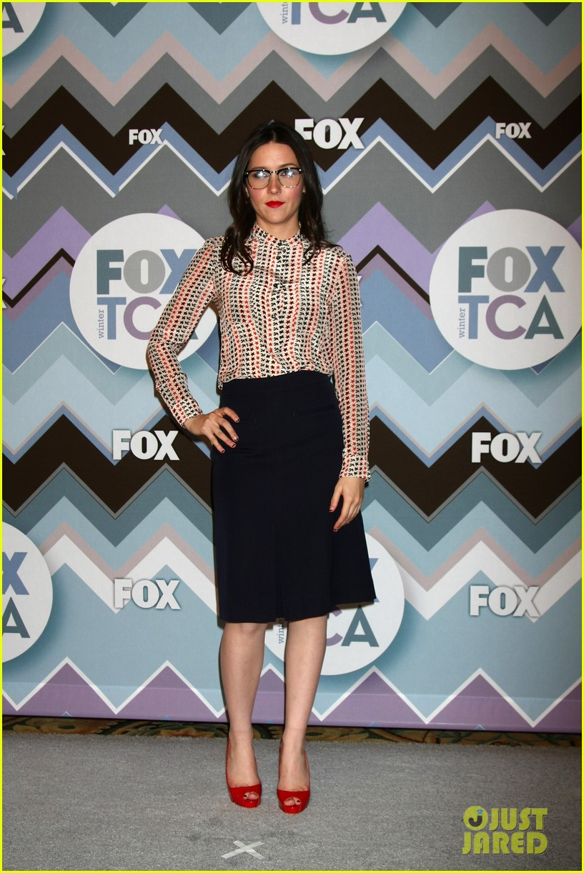 mindy kaling zooey deschanel fox tca all star party 282787608