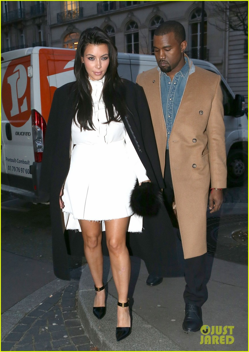 kanye west kim kardashian balenciaga shoppers 10