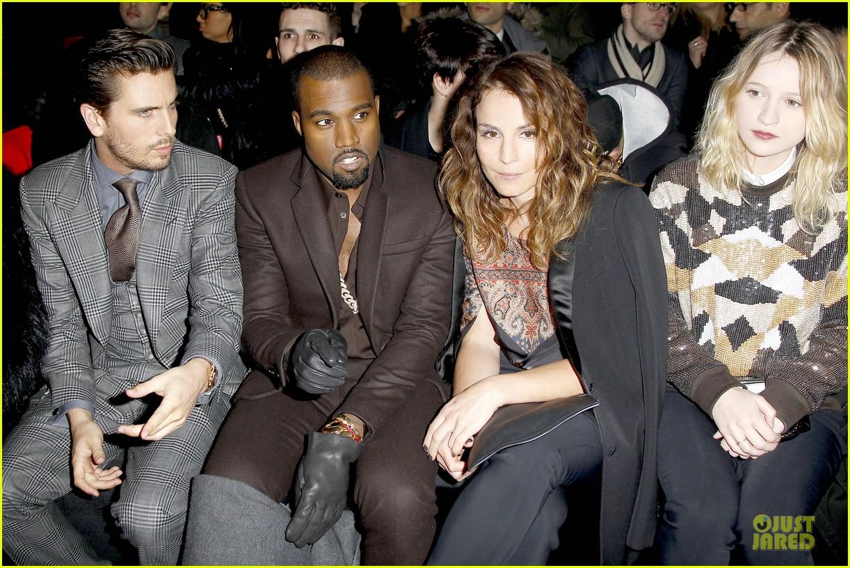 kim kardashian responds to kris jenner swatting incident 04