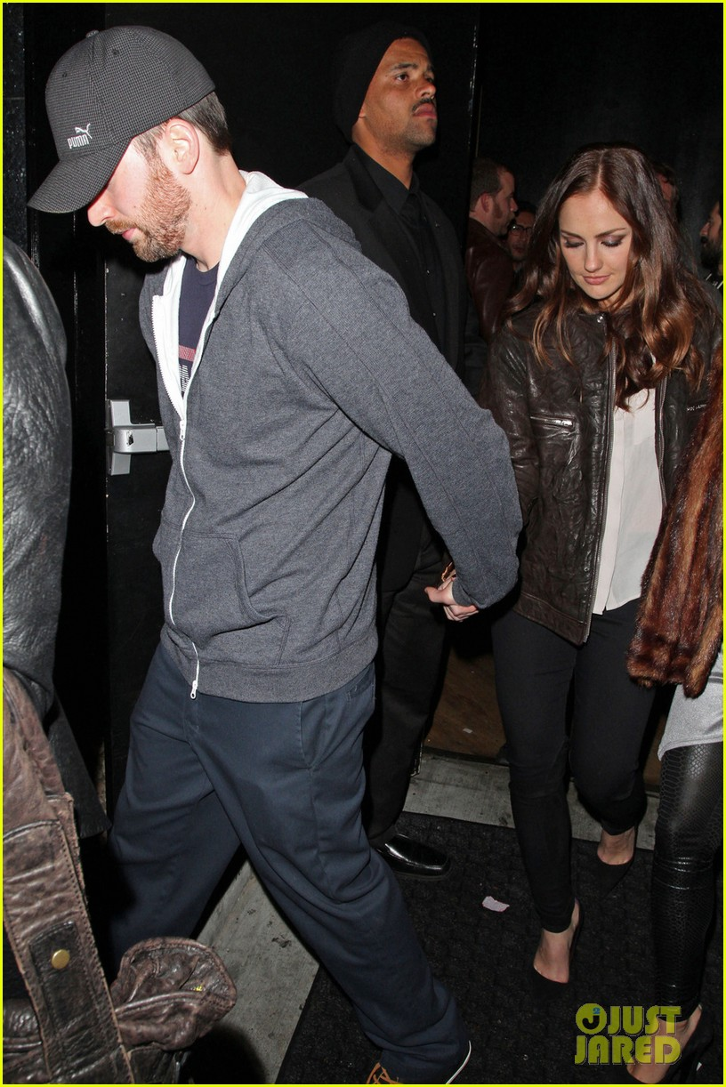 minka kelly chris evans bootsy bellows couple 05