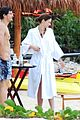 miranda kerr shirtless orlando bloom beach vacation with flynn 21