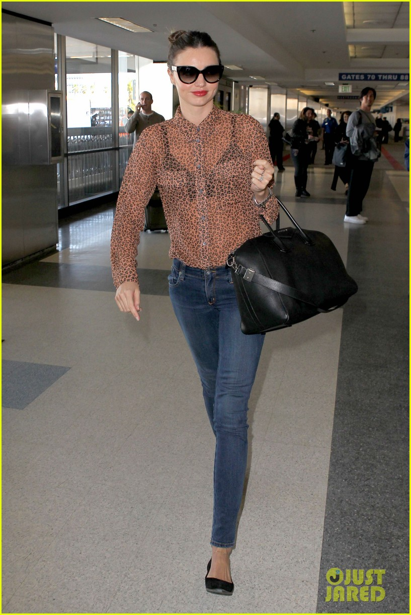 miranda kerr orlando bloom flynn family flight 01