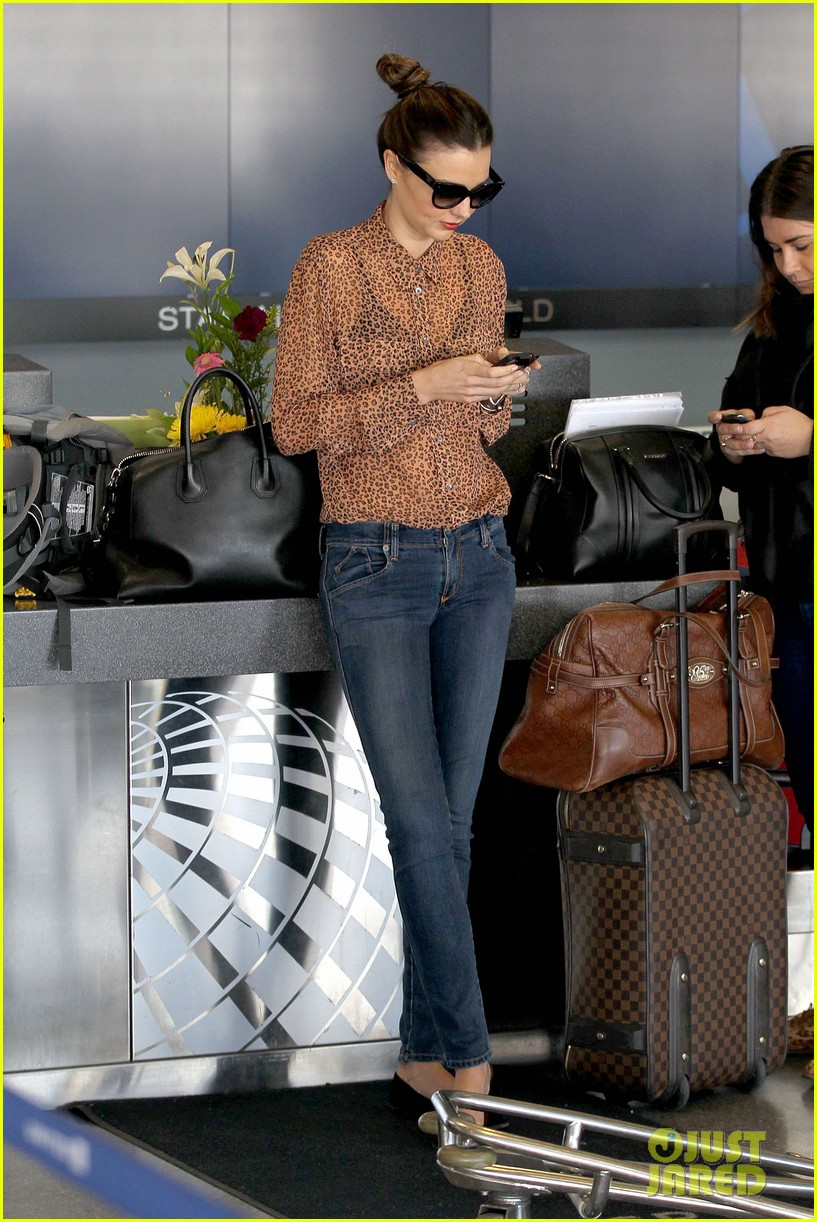 miranda kerr orlando bloom flynn family flight 142796753
