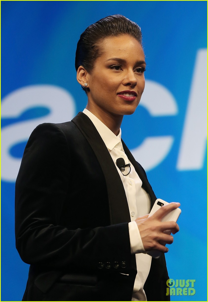 alicia keys blackberry new creative director 152801679