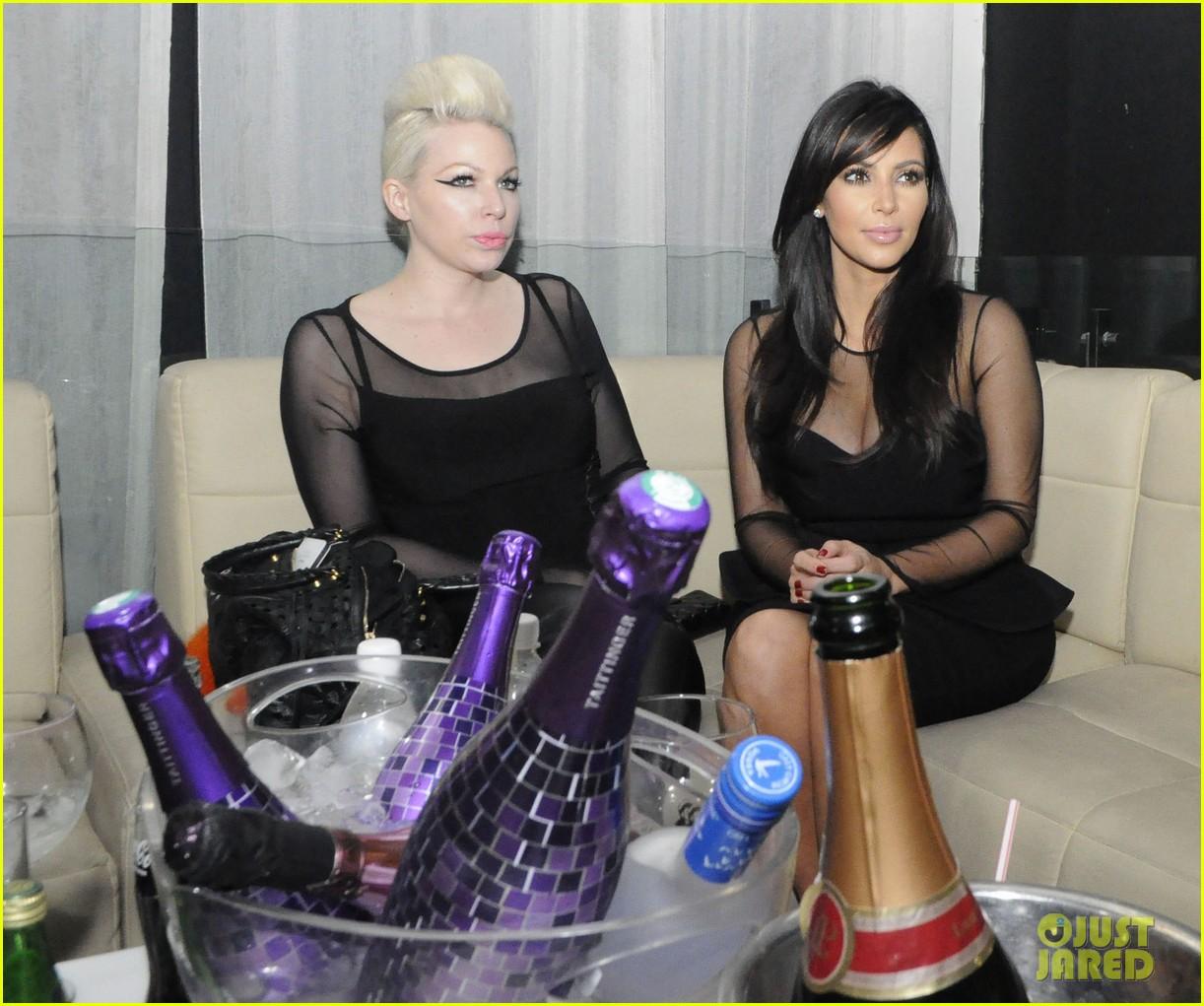 kim kardashian kourtney kim take miami premieres tonight 16