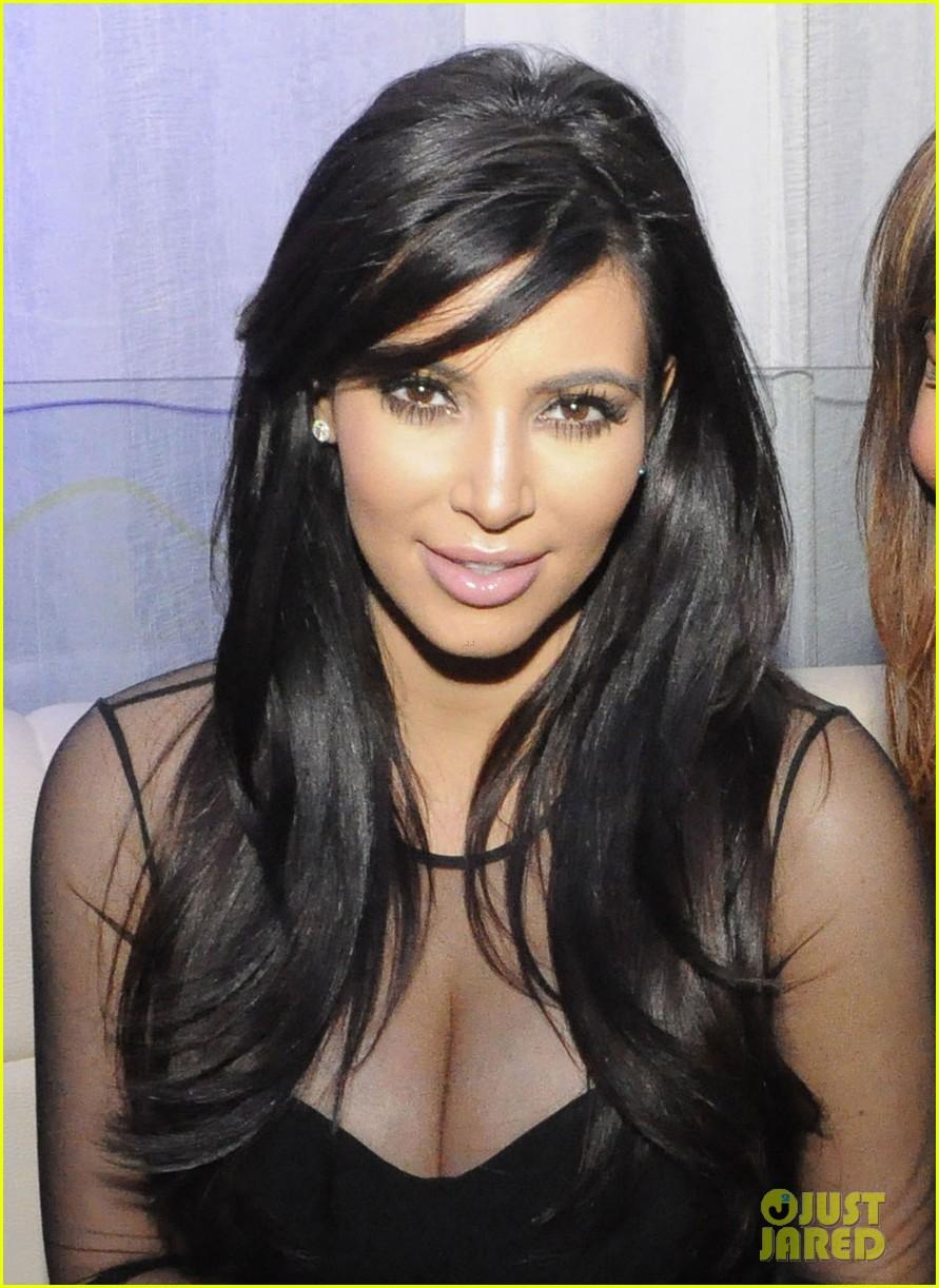 kim kardashian kourtney kim take miami premieres tonight 22