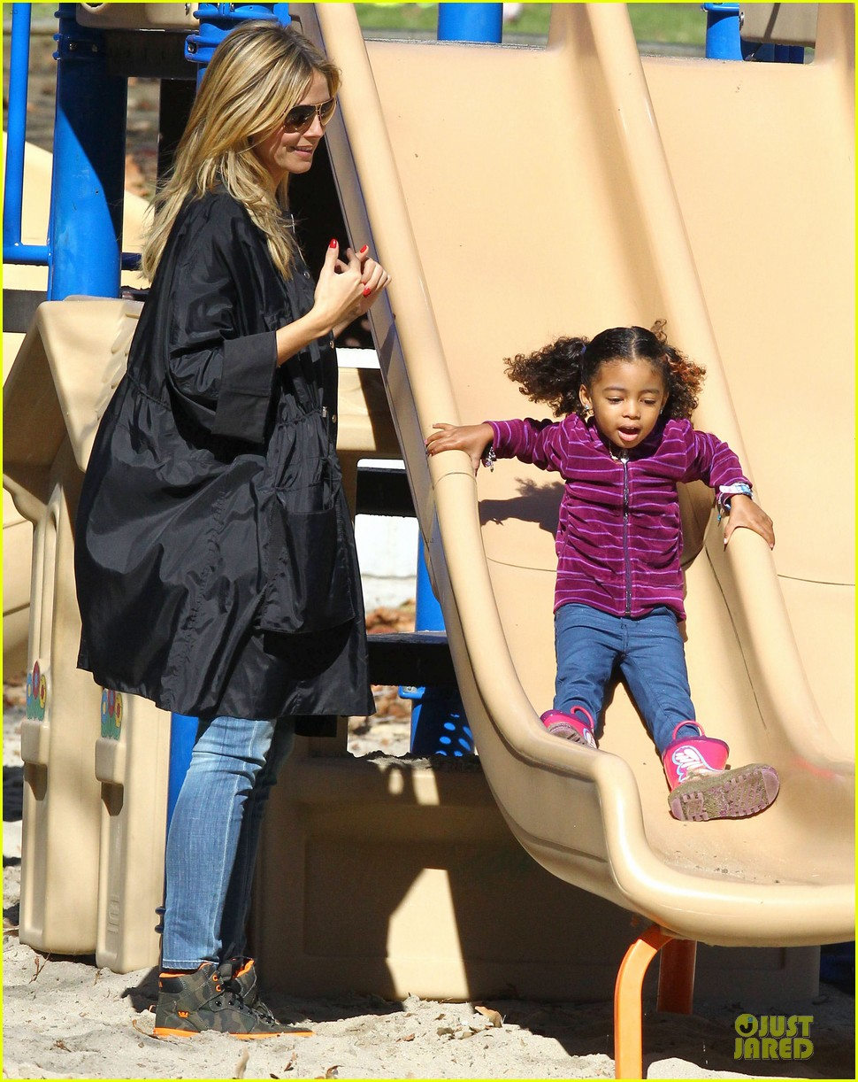 heidi klum martin kirsten swinging saturday with the kids 202799013