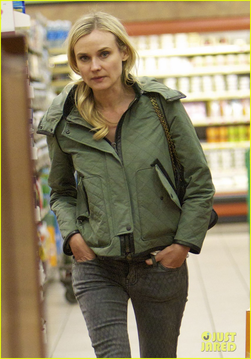 diane kruger gelsons grocery stop 09