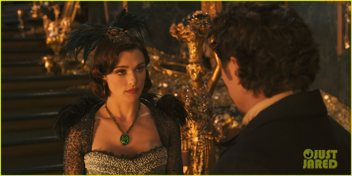 mila kunis james franco oz the great and powerful set visit 03