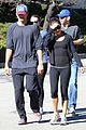 ashton kutcher mila kunis saturday morning walk 03