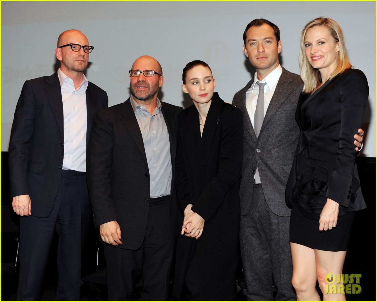 jude law rooney mara side effects special screening 142801778