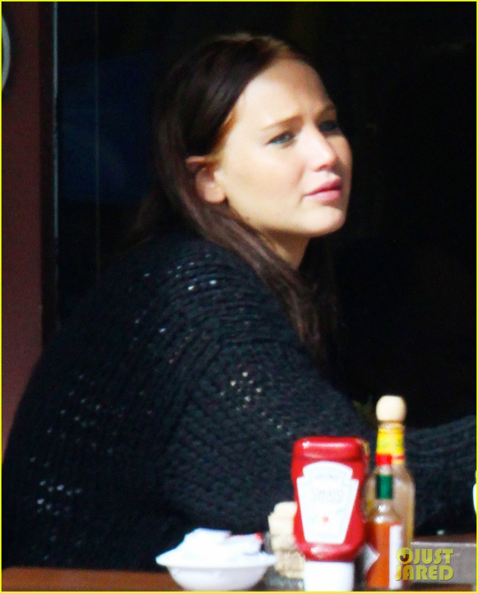 jennifer lawrence kings road cafe lunch 02